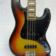 Fender Jazz Bass 1977 Sunburst Roosewood Neck 01