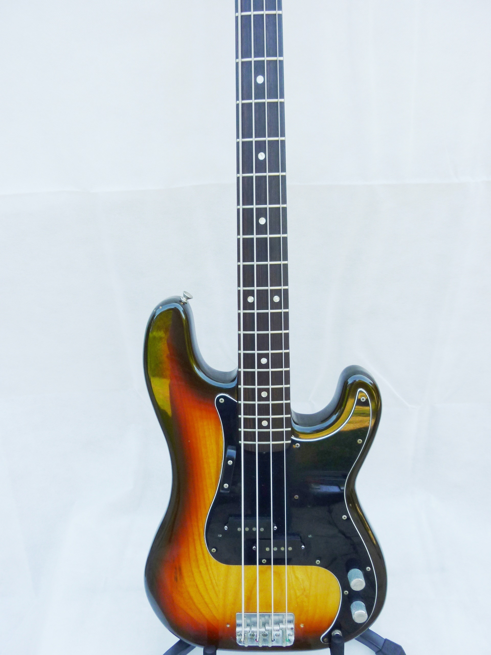 fender usa precision bass serial numbers